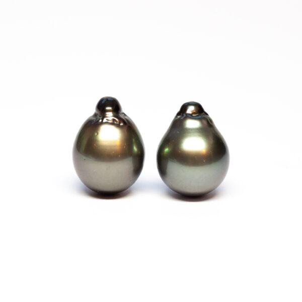 Semi Baroque Tahiti pair, 13,6mm, C/C+ quality