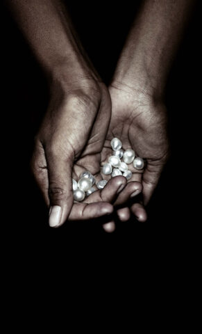 Sustainable White South Sea Pearls from Atlas Pearls
